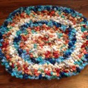 Simple & Fun Rug Made With Yarn Scraps