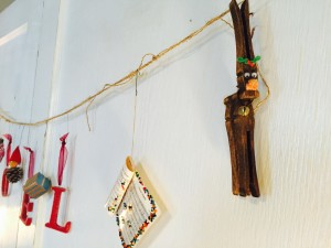 Cute Reindeer made from wooden clothes pins